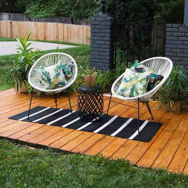 DIY  //  FRONT YARD DECK REFRESH
