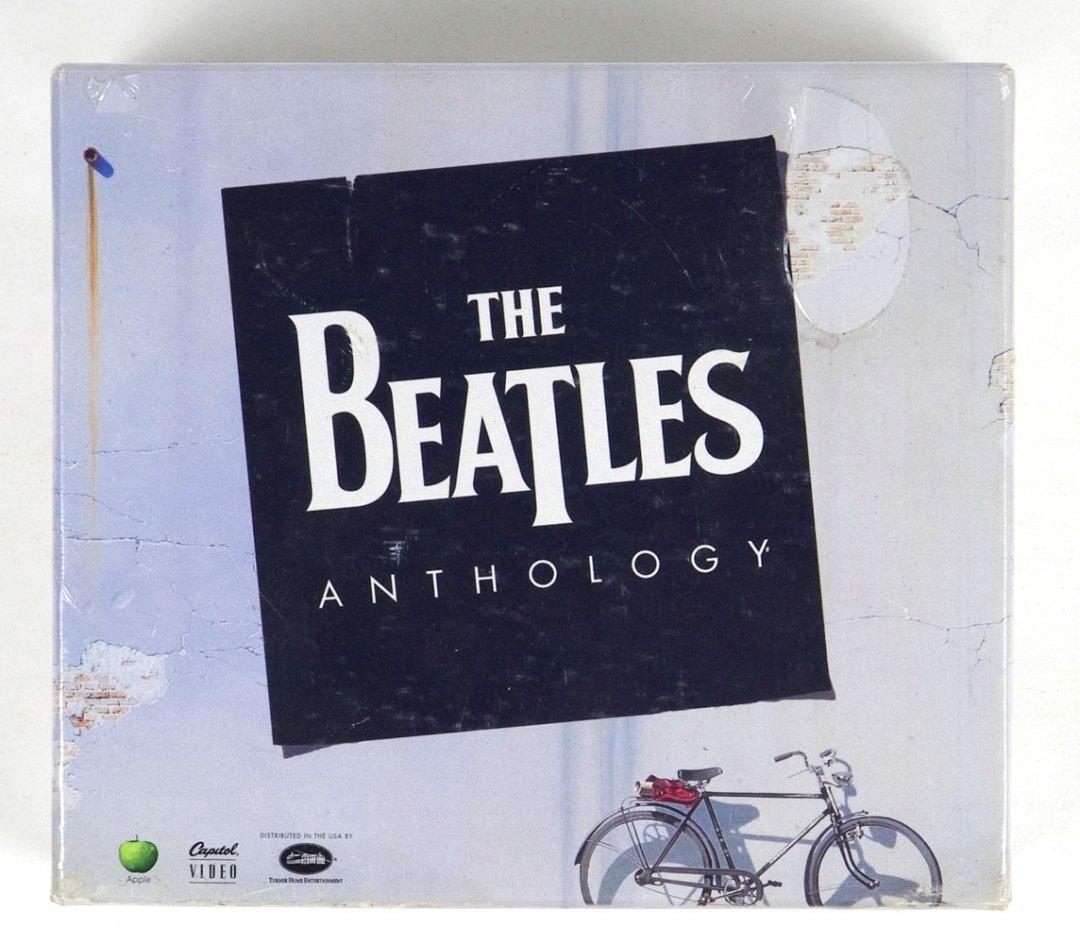 The Beatles Anthology 8 VHS Box Set 1996 Sealed NEW