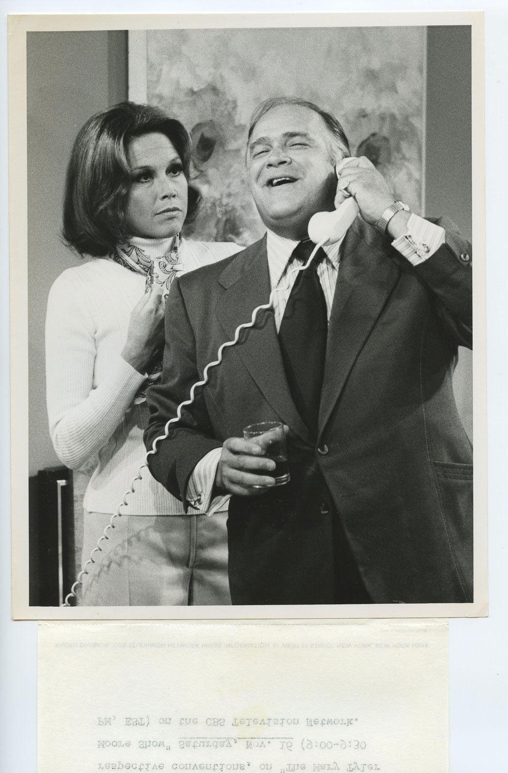 Mary Tyler Moor Photo 1974 Oct 18 CBS TV Show Promo