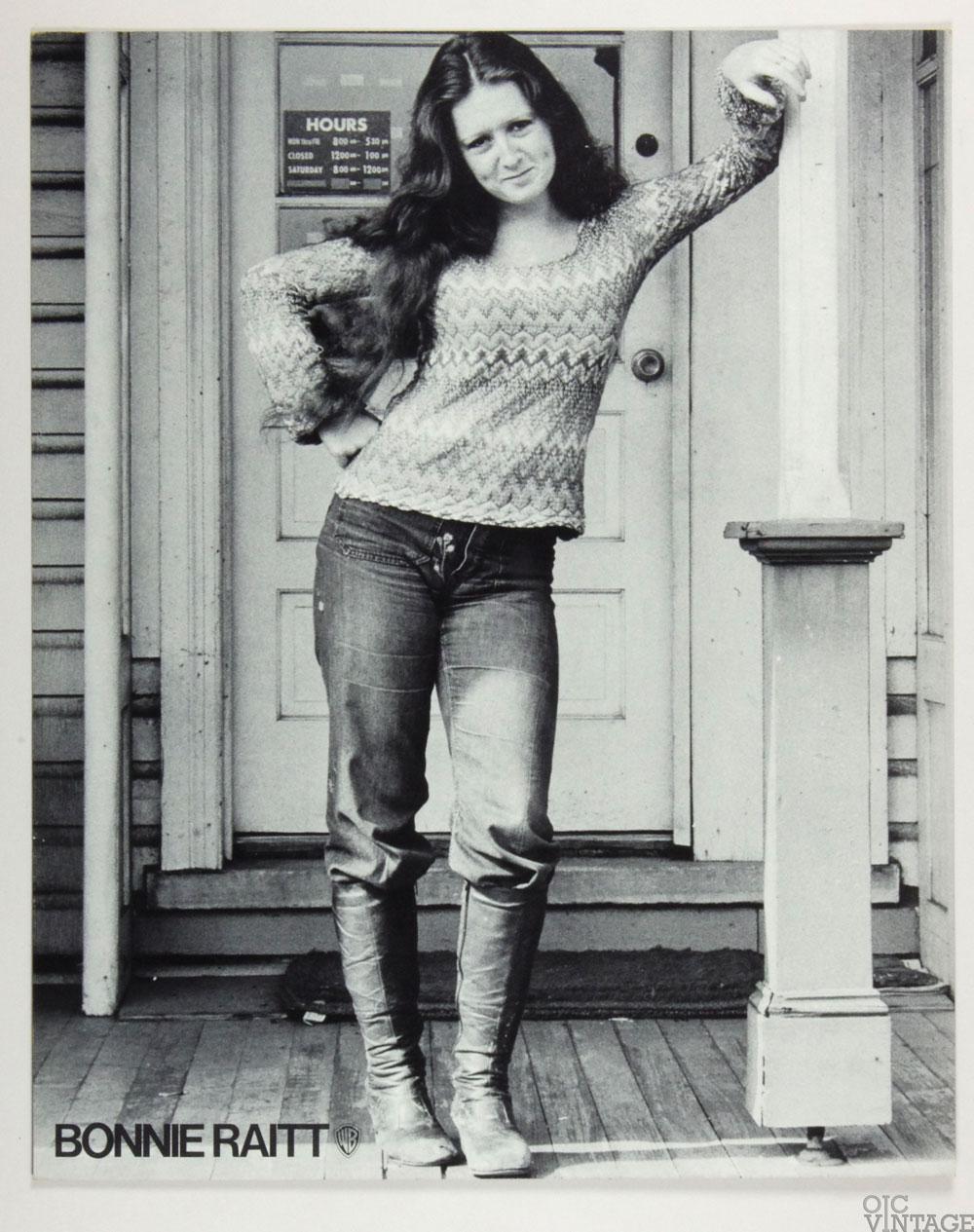 Bonnie Raitt Poster Cardboard 1971 Bonnie Raitt Debut Album Promo  B/W