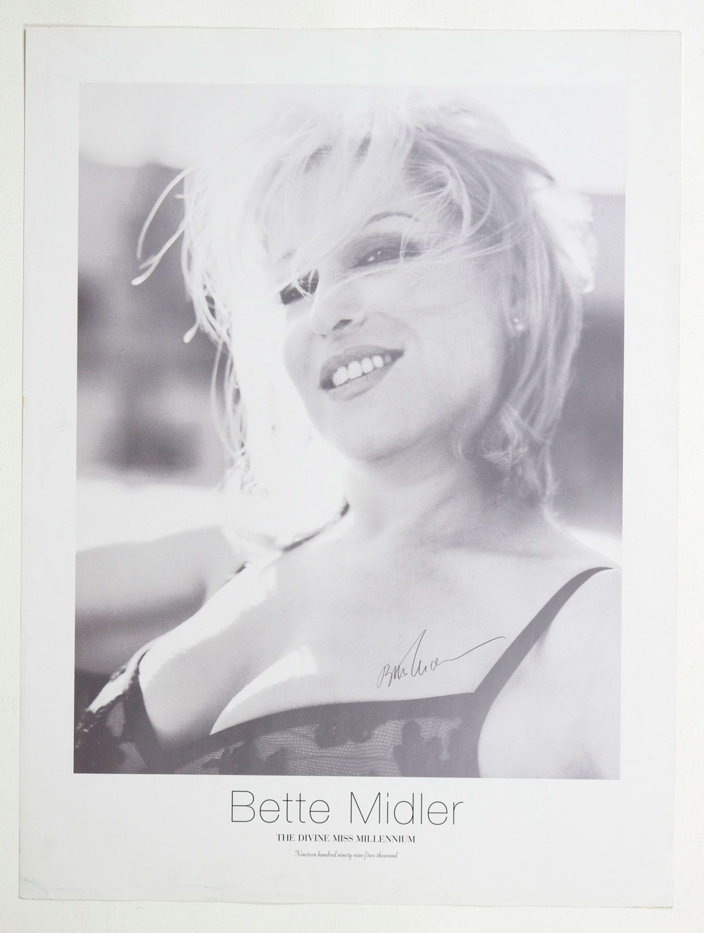 Bette Midler Poster 1999 The Devine Miss Millenium tour 18 x 24