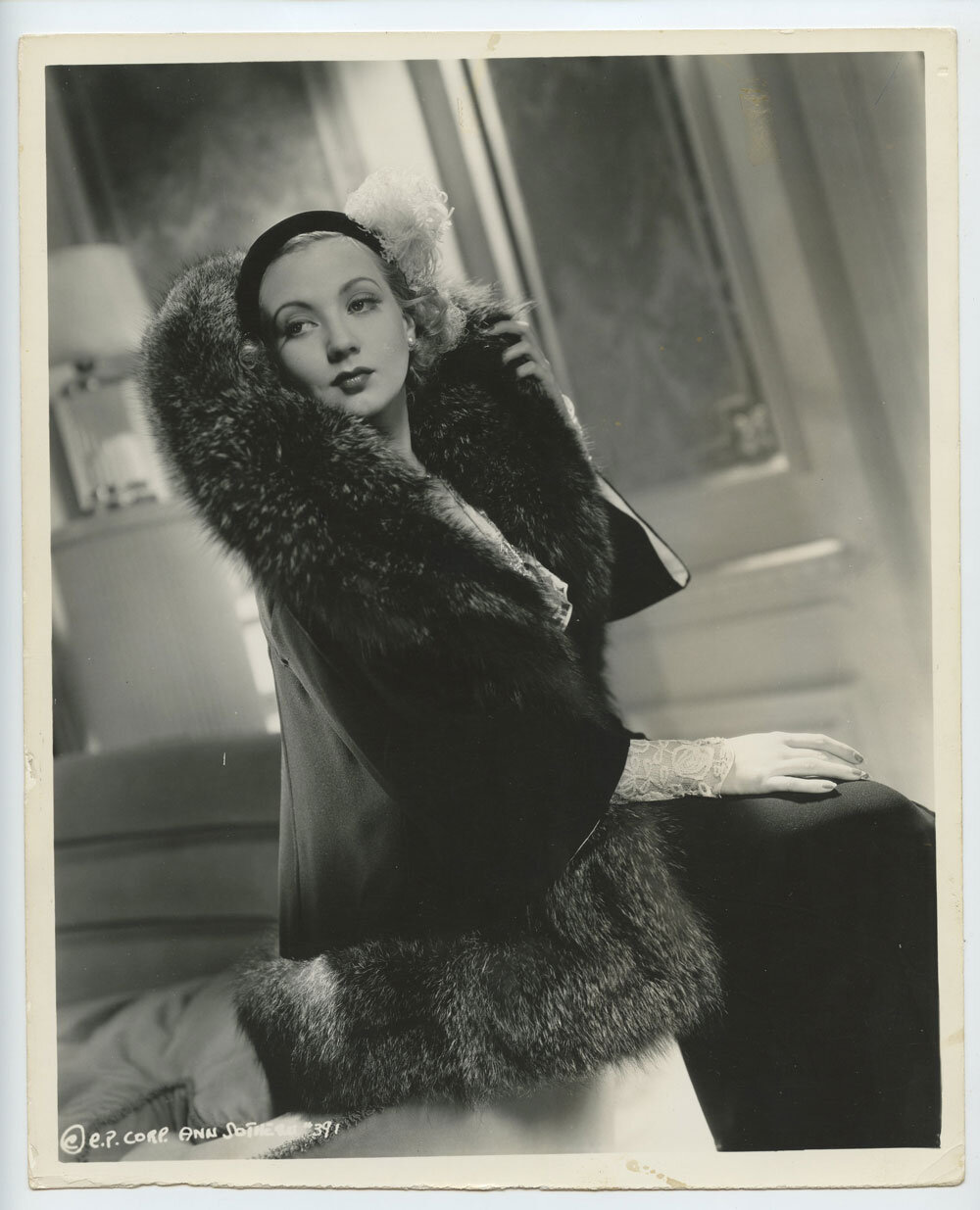 Ann Sothern Photo 1935 Columbia Pictures Publicity Portrait