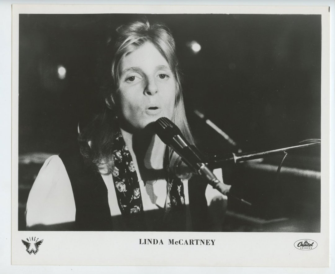 Linda McCartney Photo 1971 Publicity Promo Capital Records