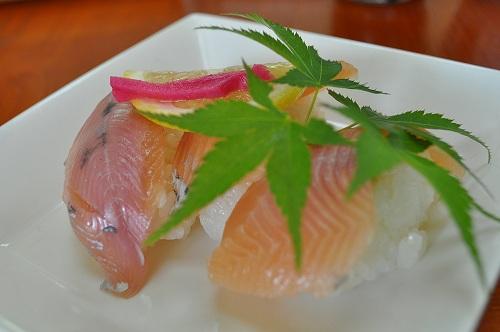 山女魚のお寿司^ ^ 美しいピンクですね