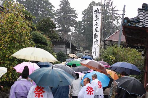 雨にも関わらず、沢山の方が訪れました。
