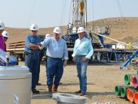 Governor Otter at an Alta Mesa gas drilling site.