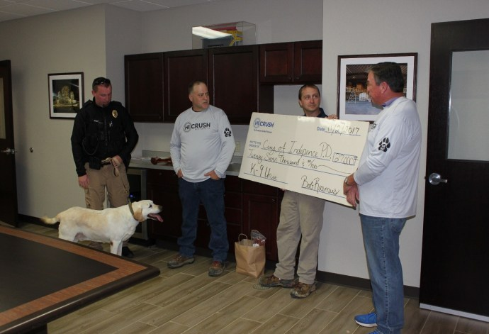 Hi-Crush presents Certain and the Independence City Police Department with funds for a new K9 unit