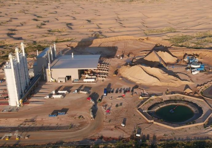 Oil & Gas: Two Frac Sand Producers Idle Wisconsin Plants - What's Going On?