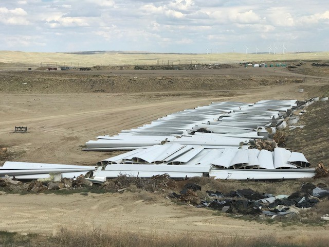 Wind turbine blades being disposed of in Casper landfill - oil and gas 360