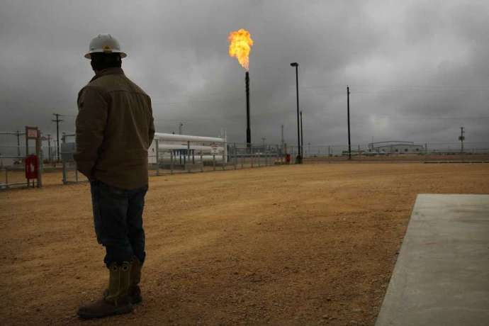 Report: U.S. oil producers burning record amount of natural gas- oil and gas 360