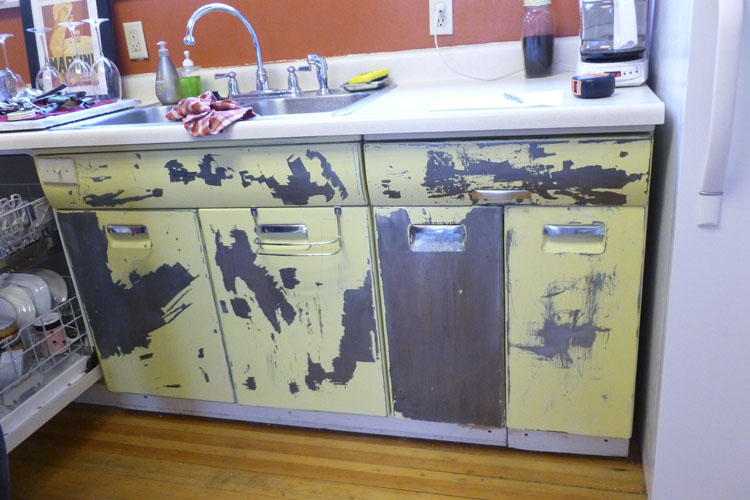 Beauty Queen Kitchen Cabinets