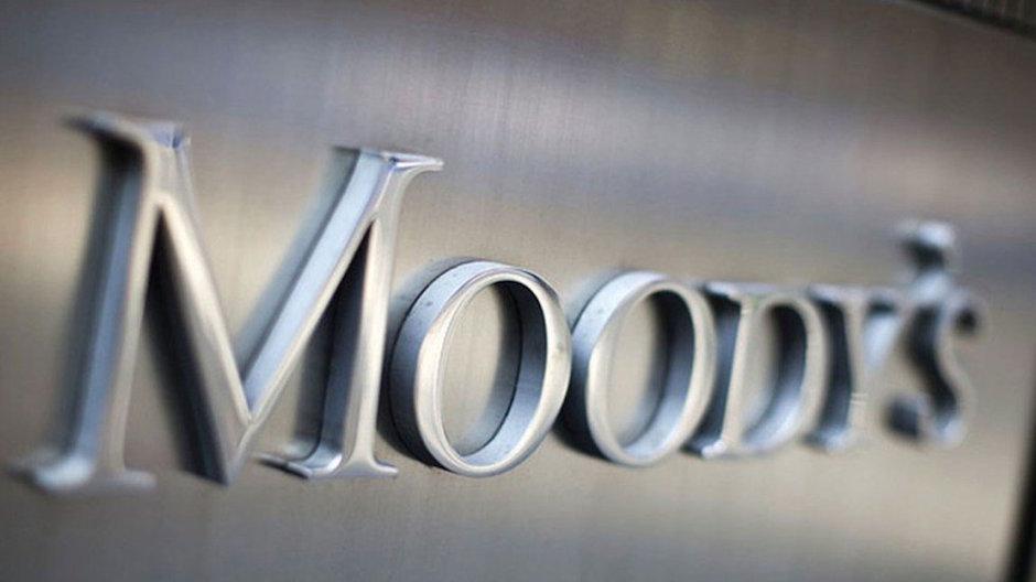 Moody's refinería dos bocas sobrecosto 50%