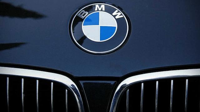 BMW abre planta México pese aranceles Trump