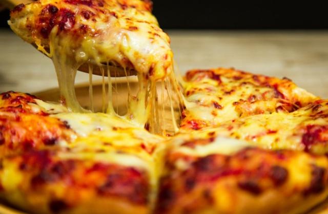 Te pagaran por comer pizza y pasta