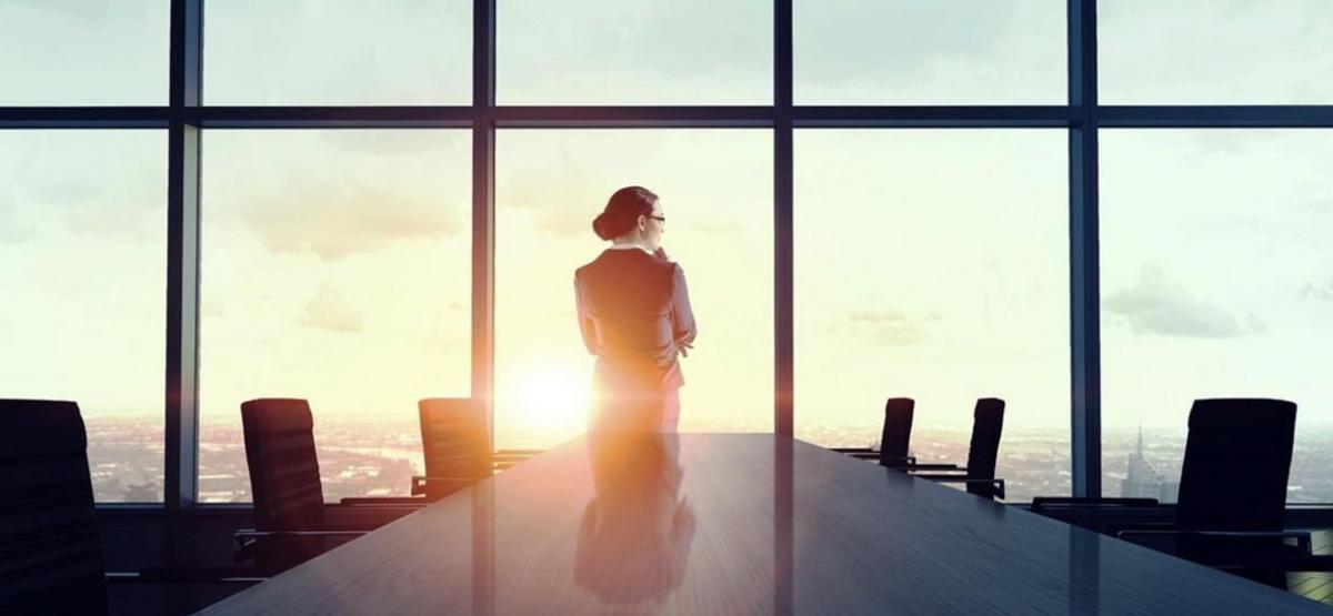 Empresas mujeres trabajo en cargo directivo tienen mejores resultados