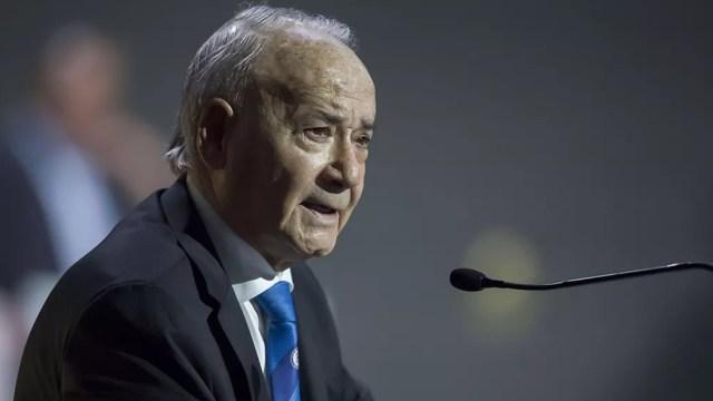 Guillermo Álvarez es destituido del la Cooperativa Cruz Azul