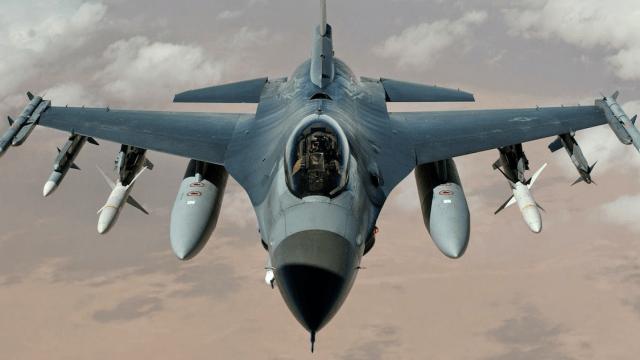 F-16 A:B