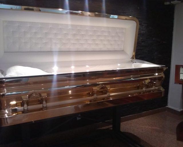 Ataúd The promethean, el féretro de alrededor de 800 mil pesos que usó Michael Jackson y José José (Imagen: Especial)