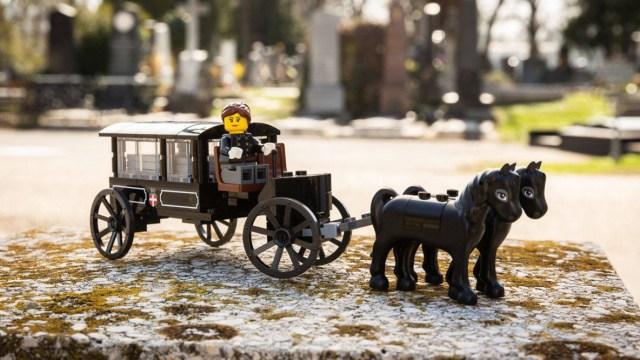 Conjunto funebre de Lego