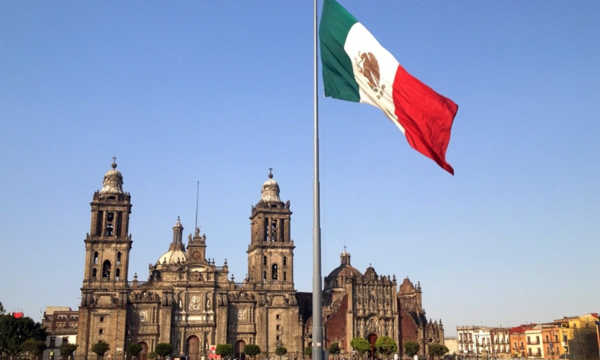 Imagen: Plaza de la Constitución en el Centro de la Ciudad de México, 25 de noviembre de 2019 (Imagen: Especial)