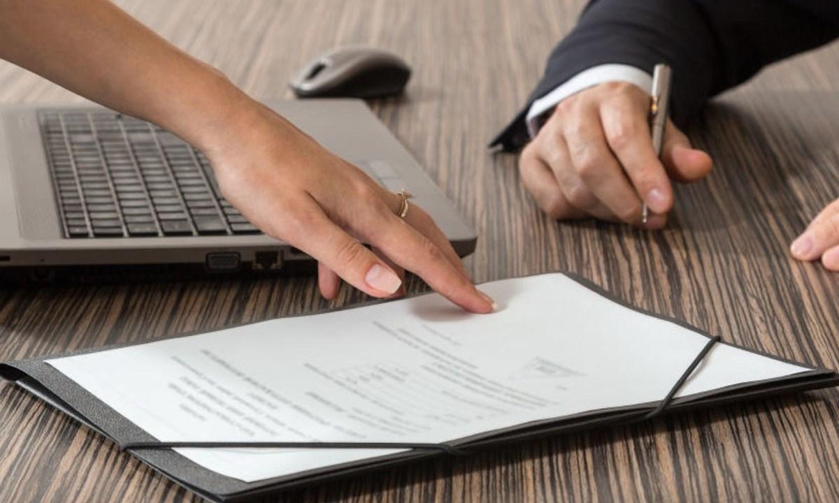 24 de diciembre 2019, Despidos a personal con años de antigüedad, documentos, despido, empleo, personal, antigüedad
