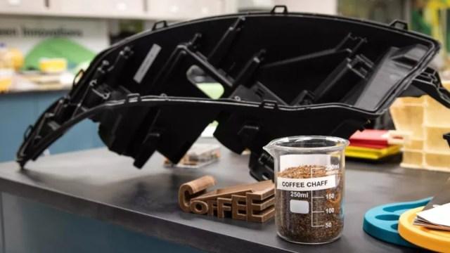 5 de diciembre de 2019 Ford, reciclaje, café, McDonalds, reciclan residuos de café de McDonald's para hacer partes de automóviles (Imagen: Especial)