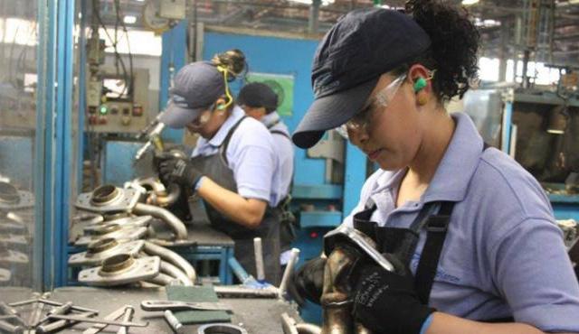 3 de diciembre de 2020, trabajo, empleo, dinero, trabajadoras en una fábrica (Imagen: Especial)