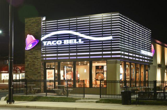 10 de enero de 2020, taco bell, dinero, fachada de Taco Bell (Imagen: Especial)