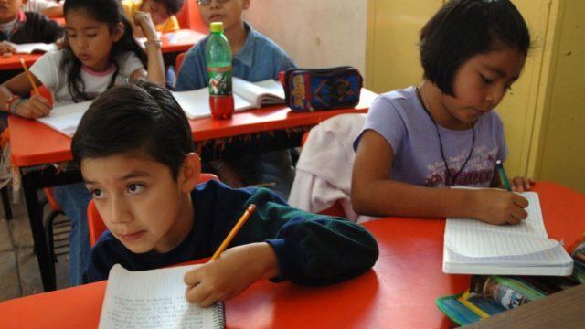 6 de enero de 2020, trabajo, empleo, futuro, niños estudian en un salón de clases (Imagen: Especial)