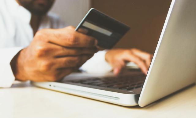 17 de febrero 2020, Datos personales, Tarjeta, Crédito, Computadora, Robo, Datos Personales, Fraude, Plásticos
