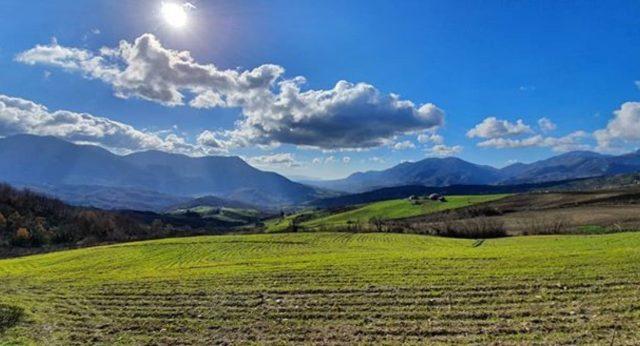 20 de febrero de 2020, campo en Teora, Italia (Imagen: Instagram @valentinarussoniello)