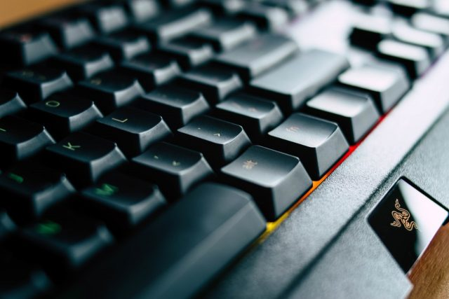 Teclado de una computadora (Imagen: Unsplash)