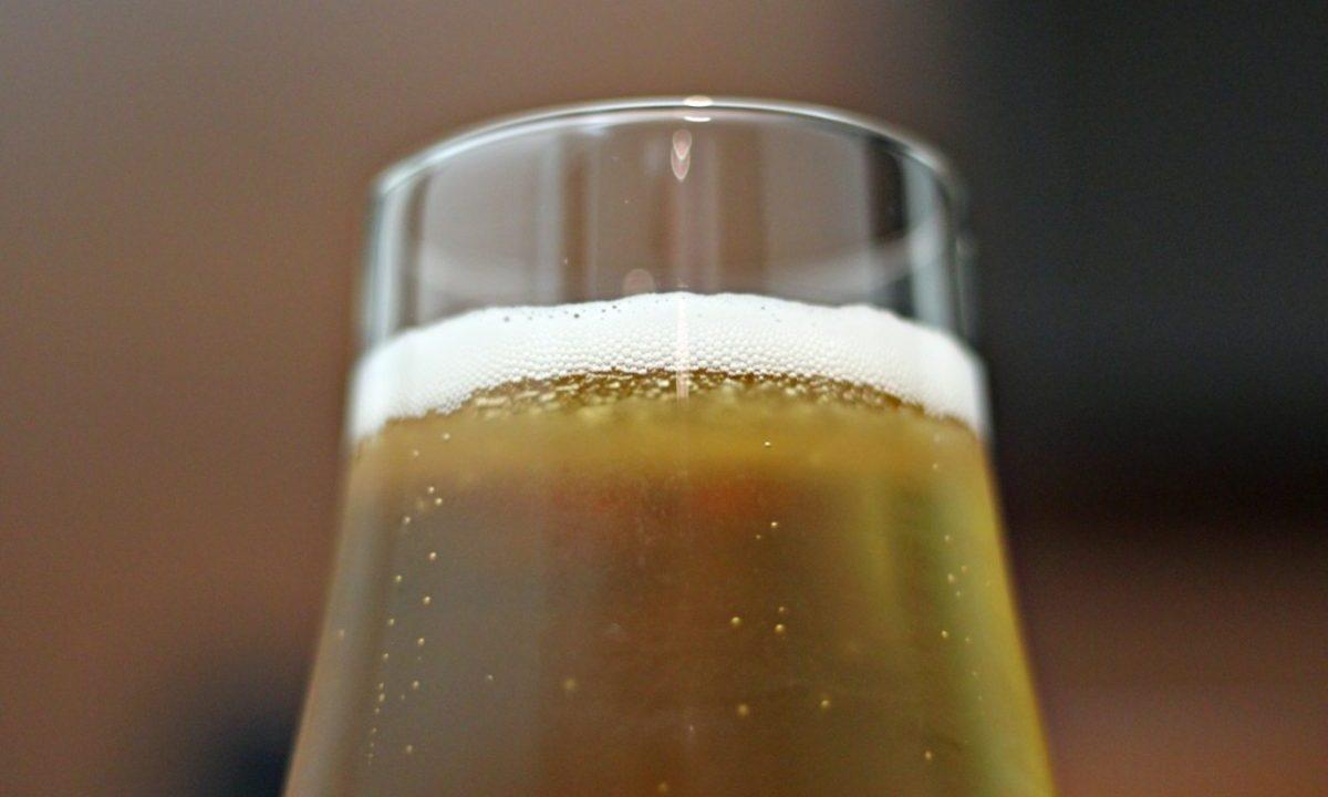 Cerveza de barril en Francia (Imagen: Unsplash)