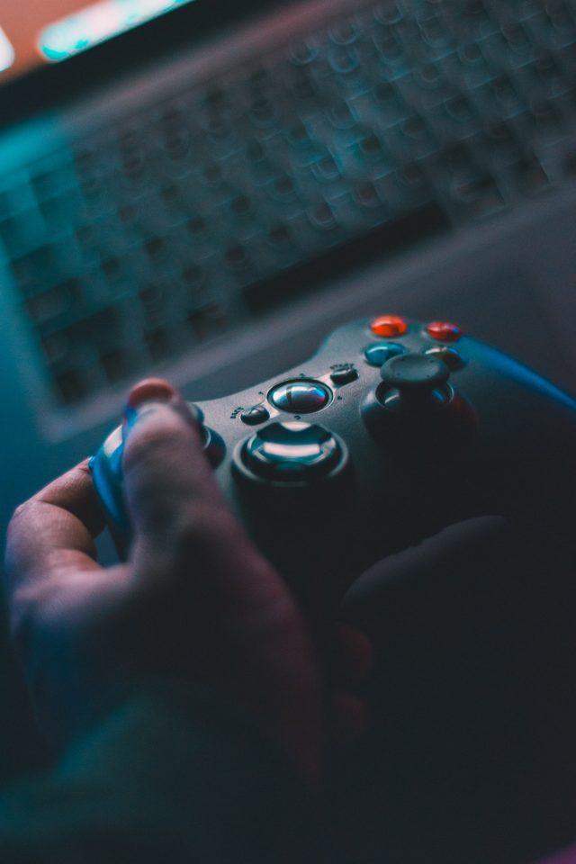Control de un videojuego (Imagen: Unsplash)