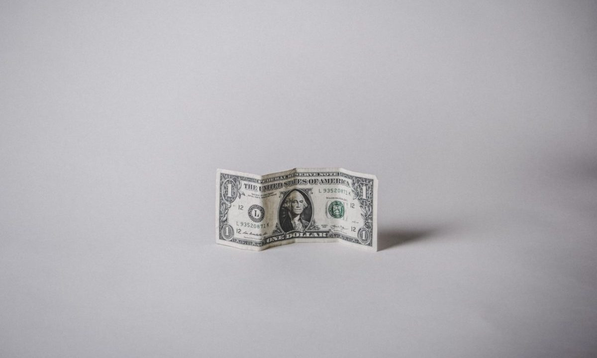 Billete de dólar (Imagen: Unsplash)