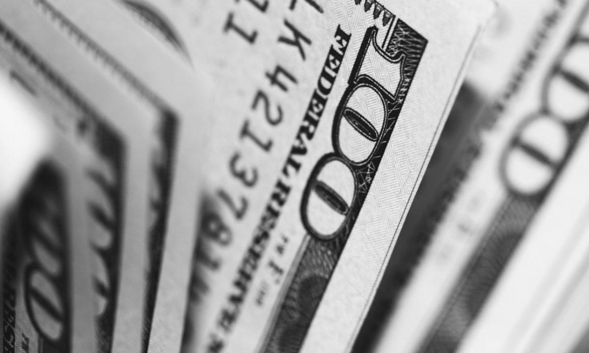 Billetes de dólares estadounidenses (Imagen: Unsplash)