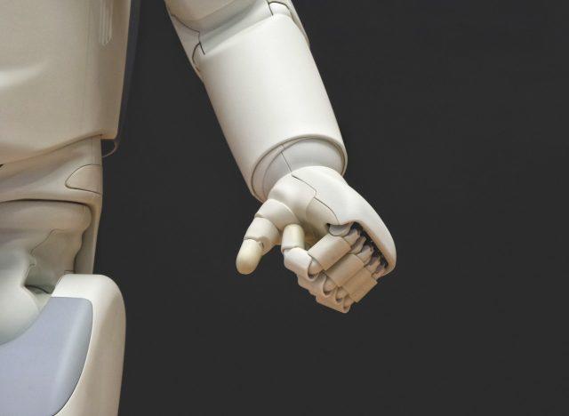 Robots e inteligencia artificial (Imagen: Unsplash)