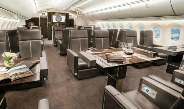 Interior avión presidencial (Imagen: Twitter @ramsesion)