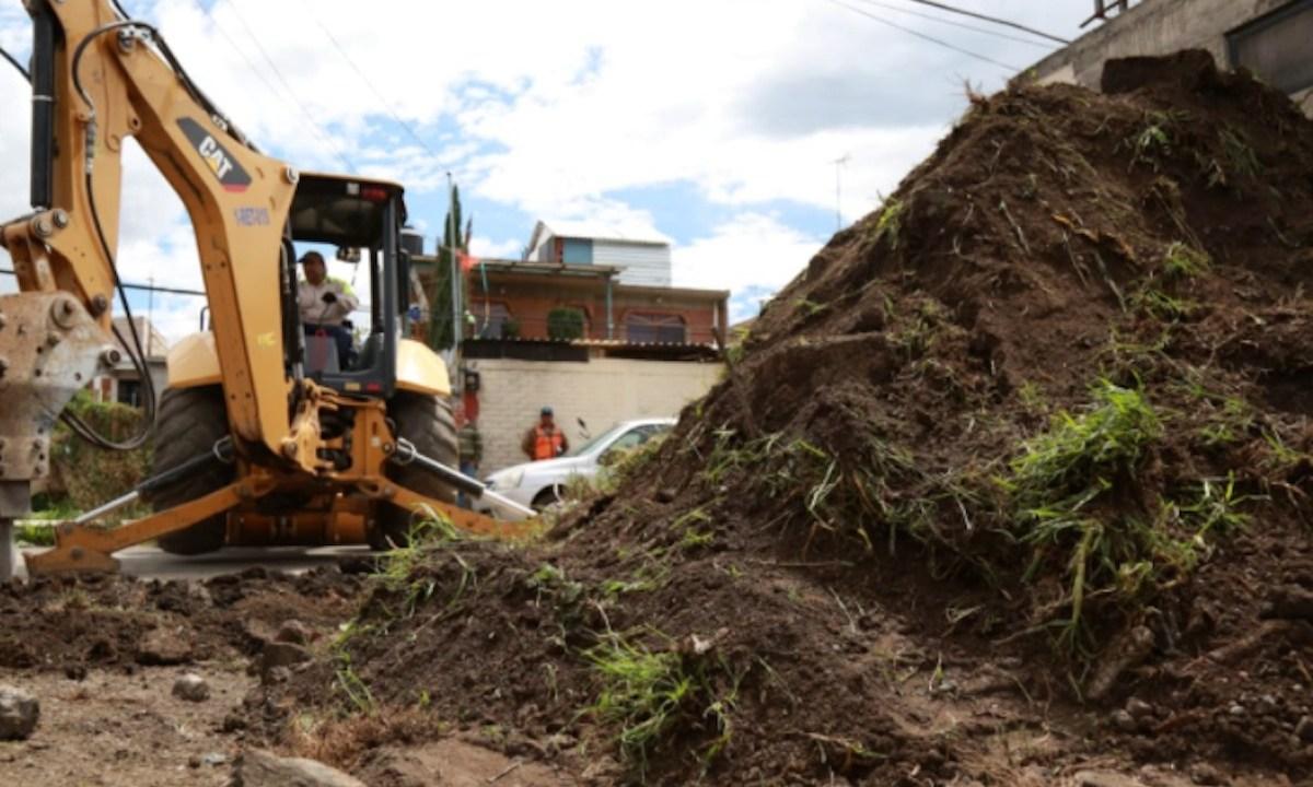Maquinaria terenos en Tláhuac (Imagen: Twitter @TlahuacRenace)
