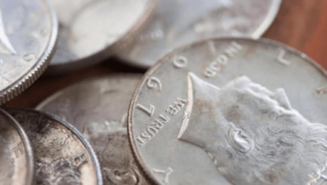 Monedas de plata (Imagen: Money Crashers)