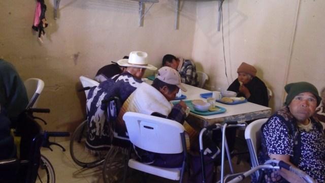 Gobierno mexicano deja en el olvido a ancianos y enfermos de cáncer: Diputados