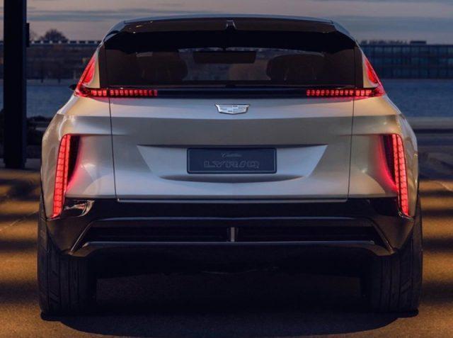 Presentan el automóvil eléctrico Lyriq de Cadillac (Imagen: Twitter @Cadillac)