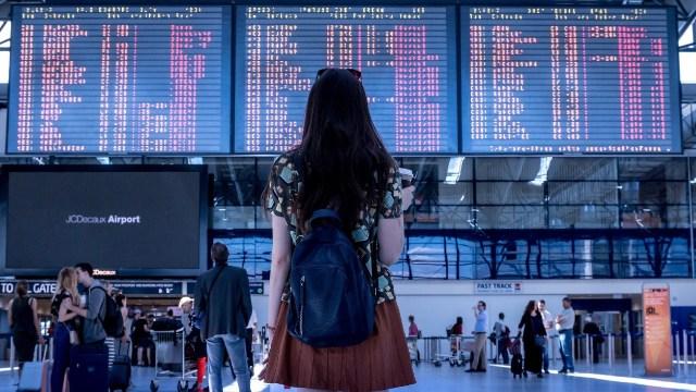 Aerolíneas exigen pruebas de coronavirus antes de viajes internacionales