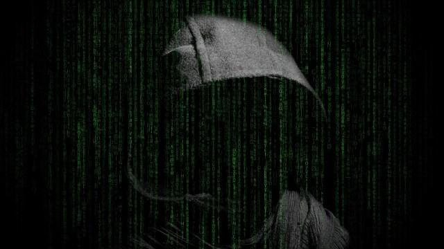 Hay un hacker detrás de estas apps que puede proceder a un robo de tu dinero