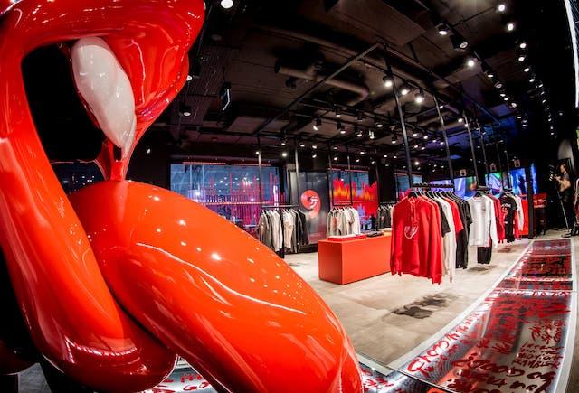 Los Rolling Stones abrieron su primera tienda en la icónica zona de rock de Londres, Rolling Stones, Tienda,