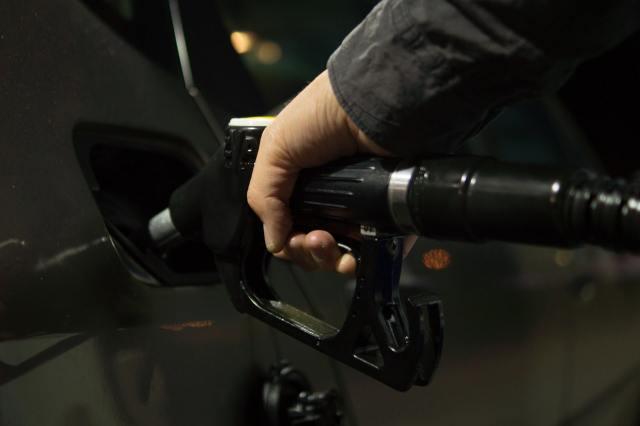 bomba de gasolina, precio de gasolina