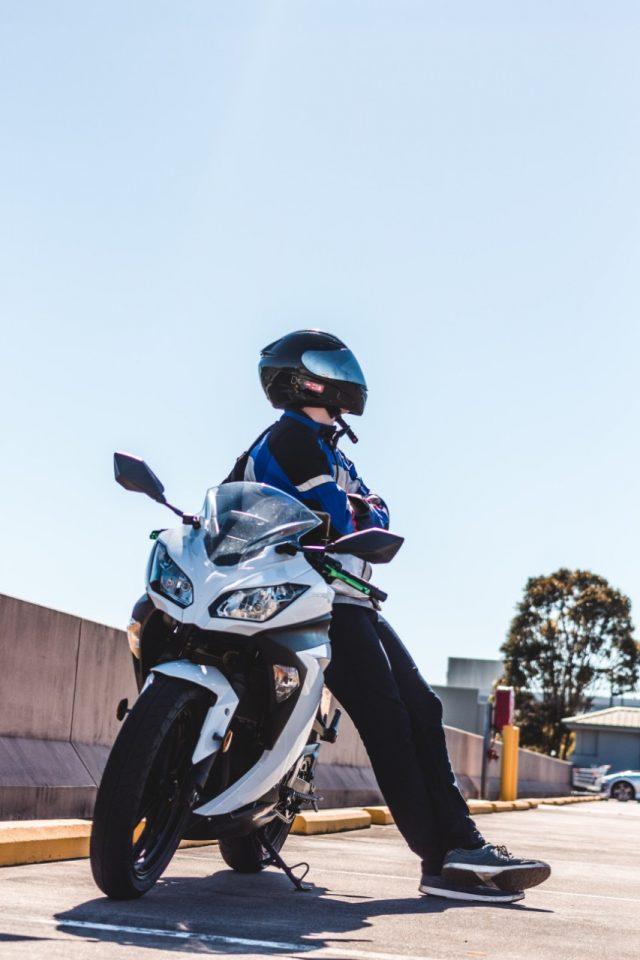 Conductor de moto (Imagen: Unsplash)