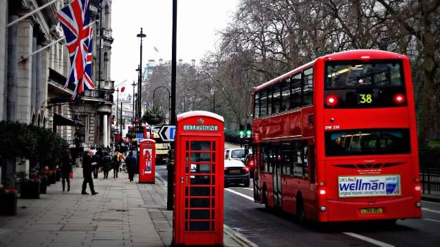 Londres pagará dos tercios de los sueldos ante aumento de casos de coronavirus