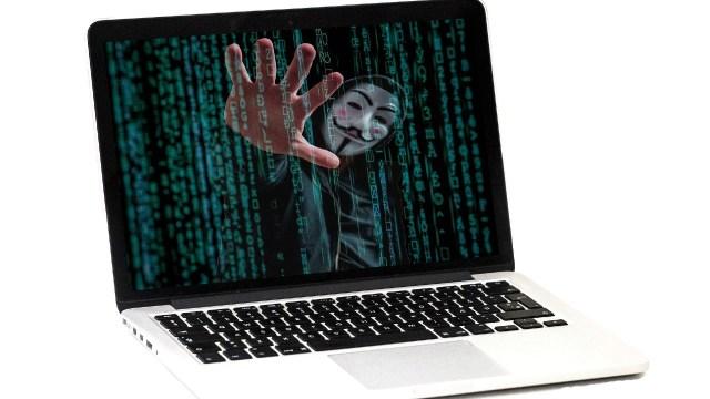 El phishing es un fraude que puede tener cualquier persona con acceso a un dispositivo electrónico como la computadora