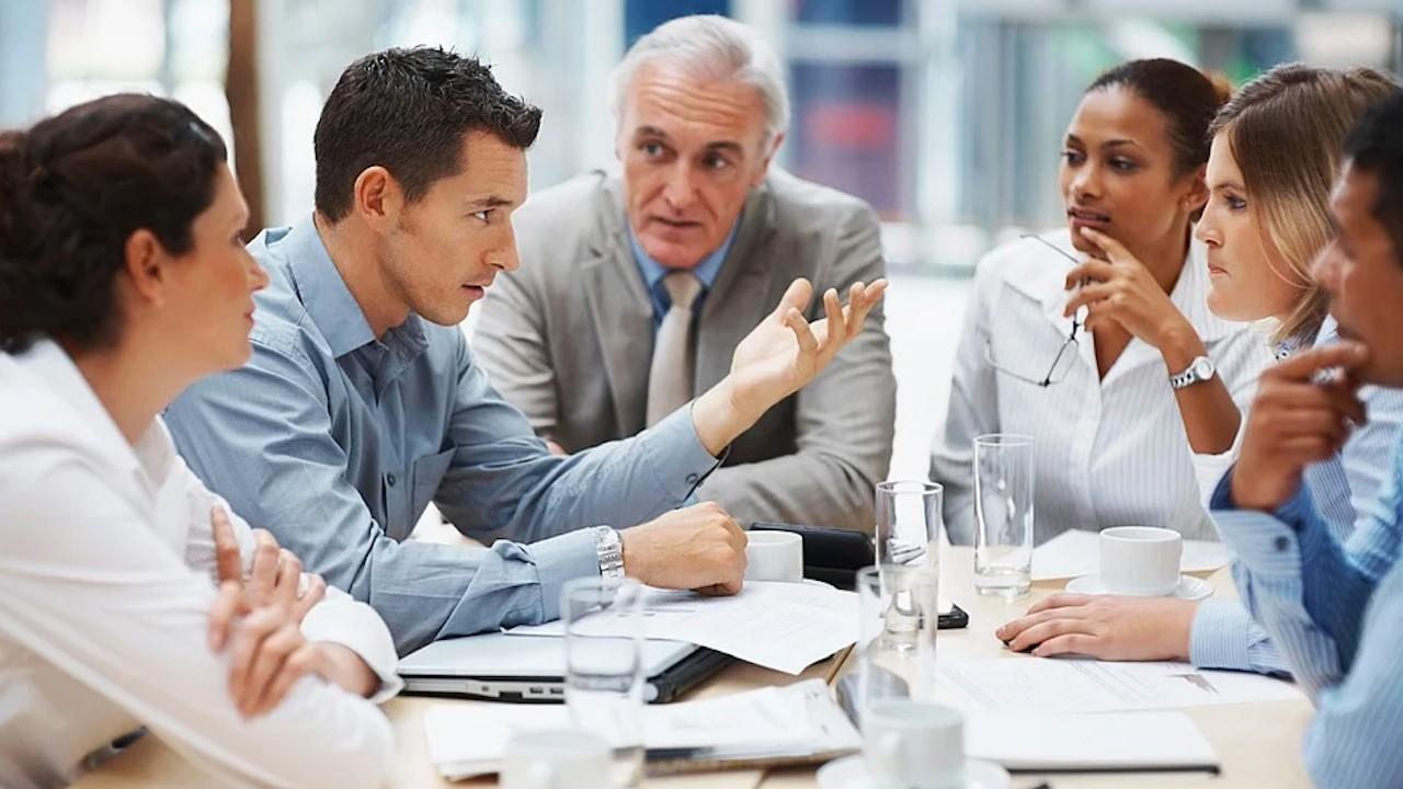 Debatir en el trabajo (Imagen: pixabay)